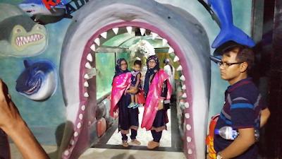 radiant fish world cox's bazar location