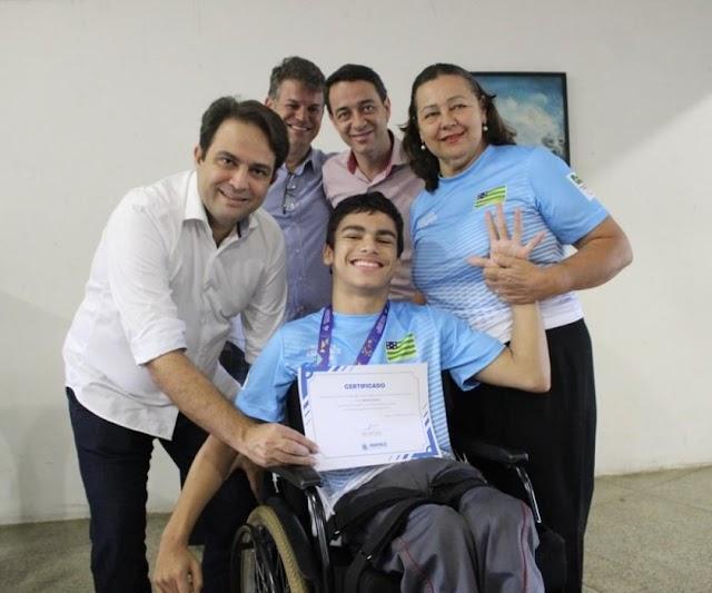 Anápolis: Jovens campeões são homenageados