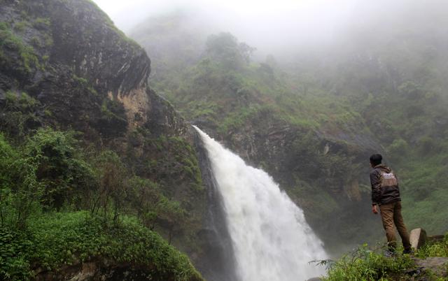 Air Terjun Curug Nyogong serta Aksesnya