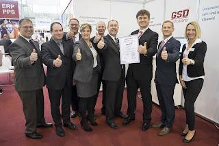 Auditoren_Geschäftsführer_yourIT_und_Software-Hersteller_GSD_ISO_27001:2015-Zertifizierung_Wettbewerbsvorteil