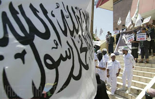 Allahu Akbar! Ratusan Massa Ormas Islam Demo Tolak Syiah di depan Gedung DPRD Sulsel