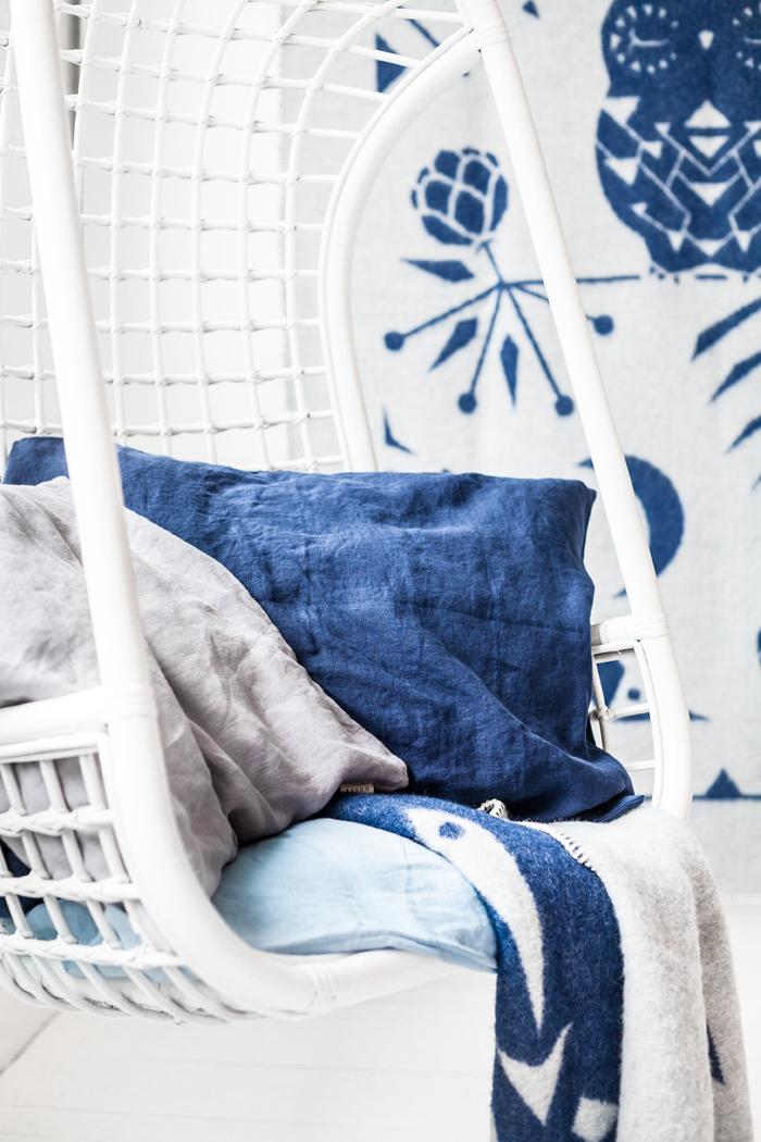 stonewashed linen bedding navy blue
