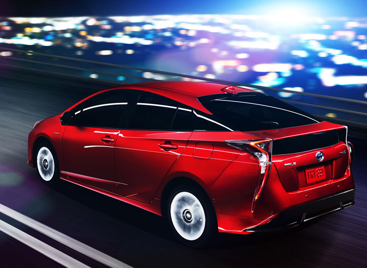 The 2016 Toyota Prius Gets Better Gas Mileage Than The Previous Generation,  54 Mpg In The City And 50 Mpg On The Highway. The Engine And Electric Motor  ...