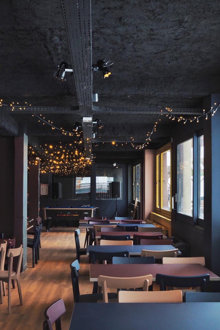 Salle de restaurant de l'hostel Ho36 à La Plagne