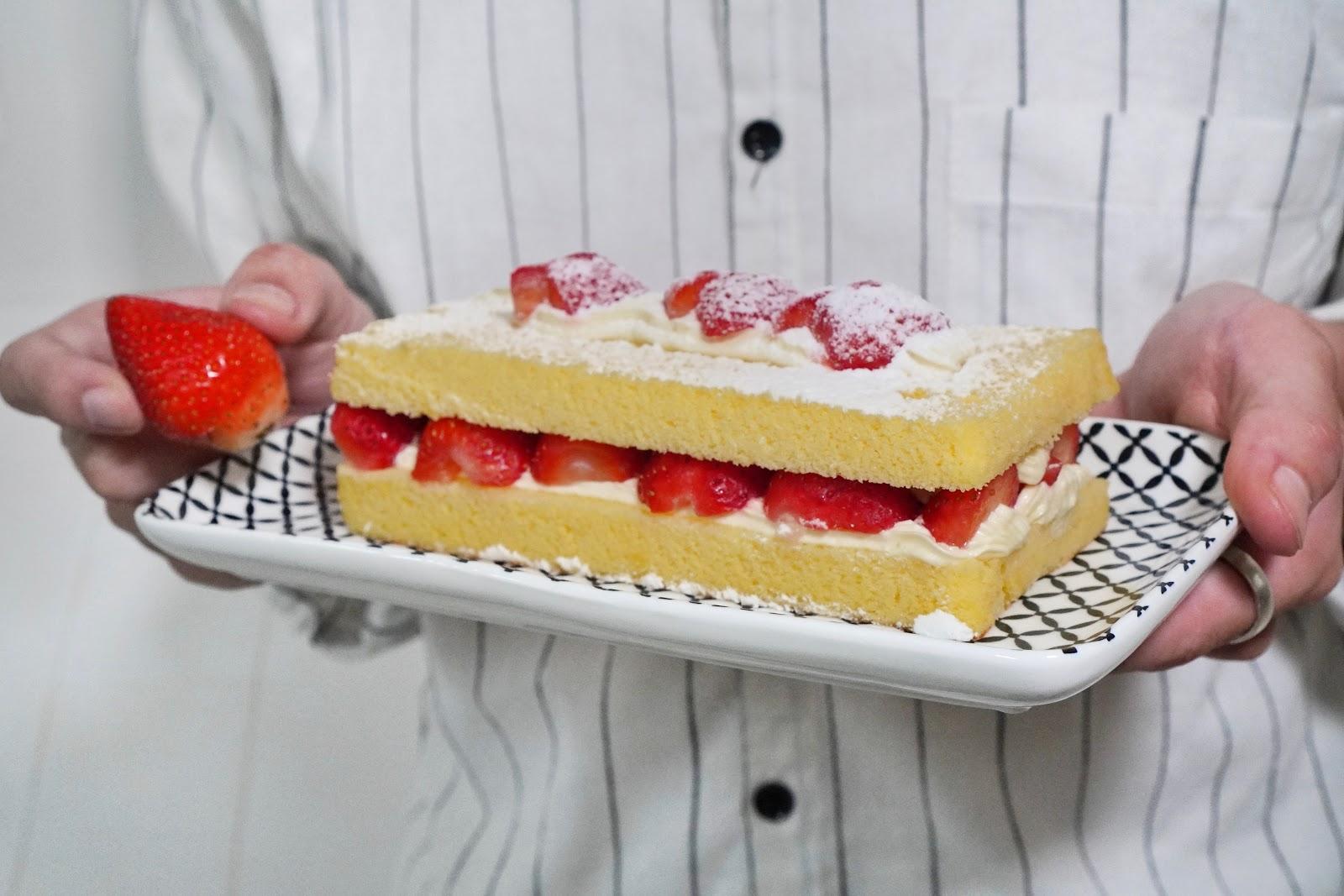 台南中西區美食【橘香合-蛋糕職人】雪戀莓古早味蛋糕