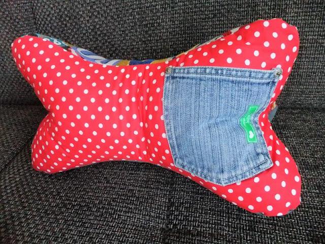 Leseknochen aus Jeans
