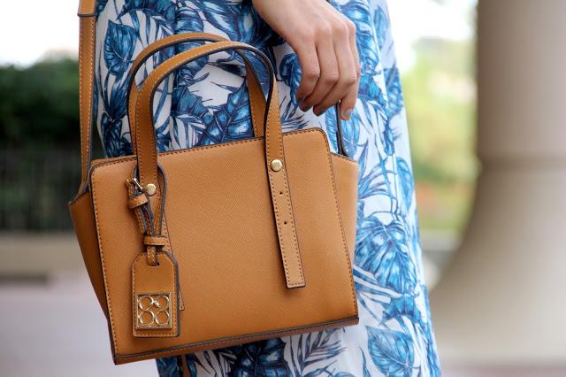 88 Handbags Avis Mini Crossbody Bag In Tan