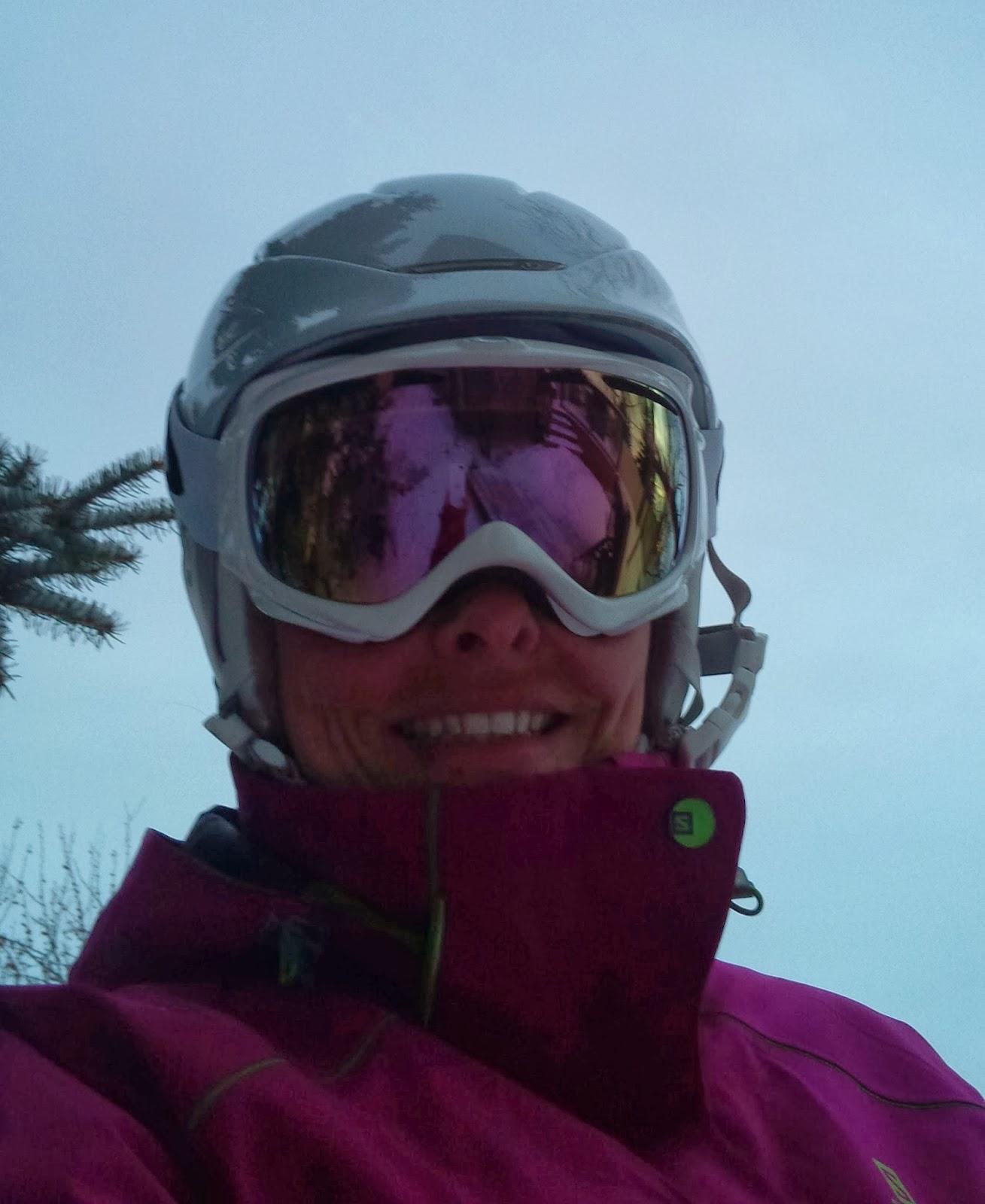 Skiing Mum Oakley Elevate Snow Goggle