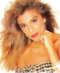 Foto de Mimi Hernández con maquillaje