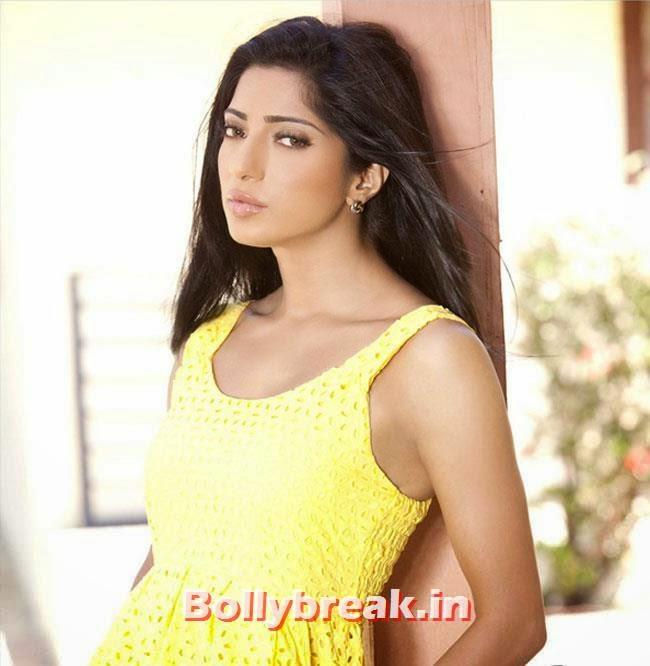 , Divyani Singh Hot photo Gallery in Western Wear