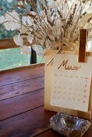 rustic calendar diy peg home