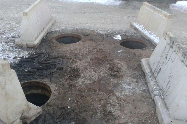 В Уфе снова открыты канализационные люки
