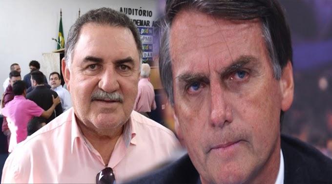 Bolsonaro já rebateu críticas de ex-prefeito de Crateús