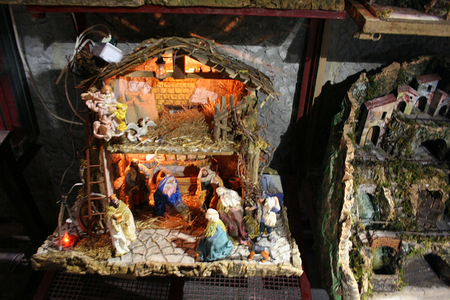 Naples-Christmas-Market