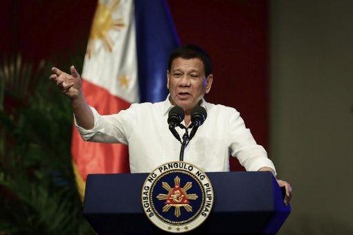 Filipinos consideran que Policía de Duterte mata ilícitamente