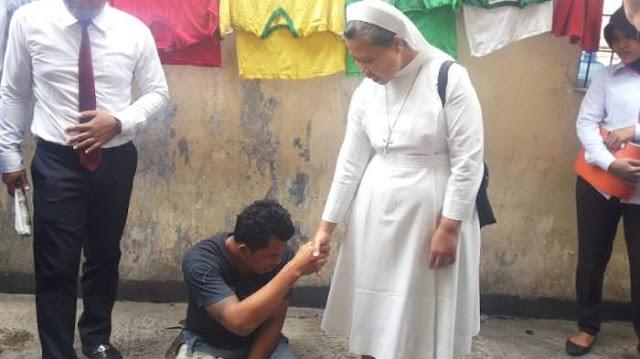 Walau Dipukuli dan Dirampok, Biarawati ini Tetap Mengampuni Si Perampok