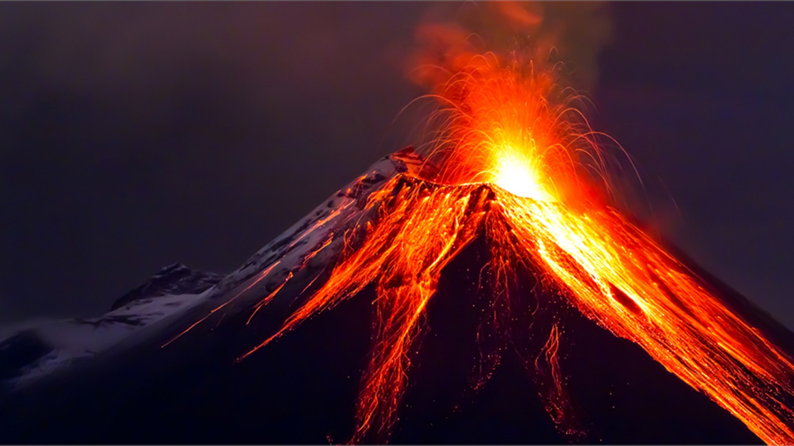 Kilauea Volcano Of 600 000 Years In Hawaii Has Been Erupting Since That Caused 1 500 People