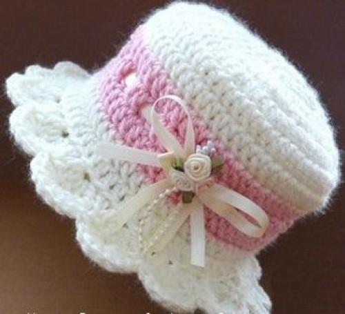Brimmed Baby Hat - Free Pattern
