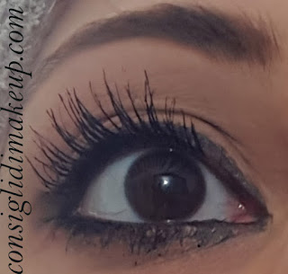 mascara swatches plumping effect coda di pavone