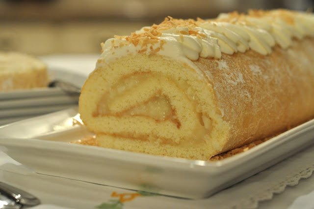 Coconut Jelly Cake Recipe: Mennonite Girls Can Cook: Old Fashioned Jelly Roll