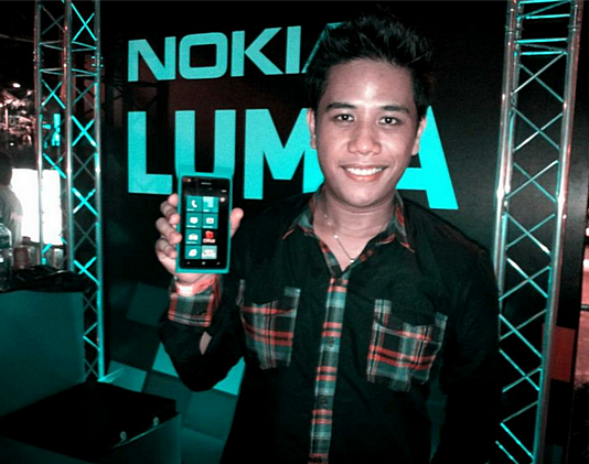 nokia lumia 900 price