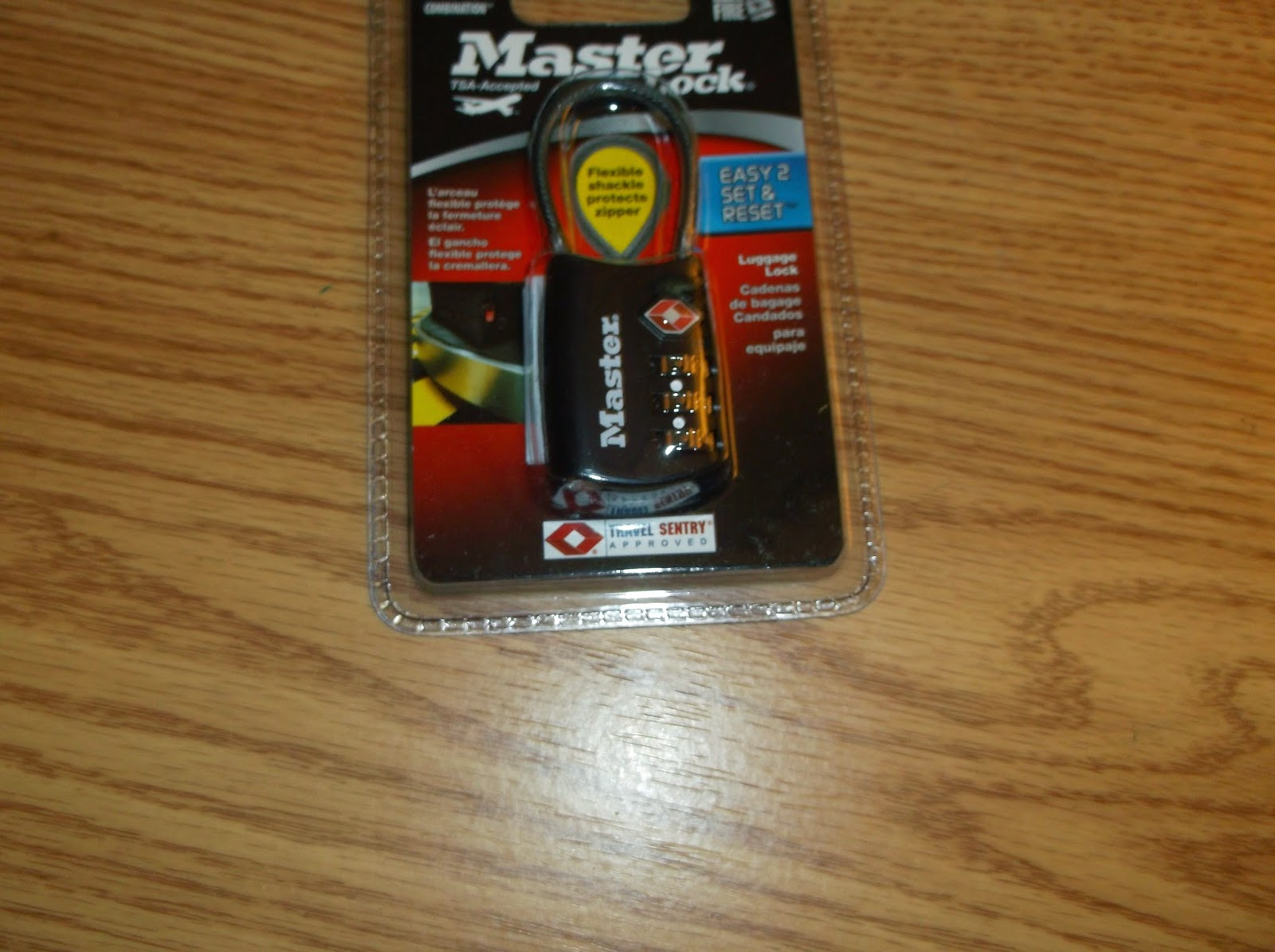 Missys Product Reviews : Master Lock Luggage Lock
