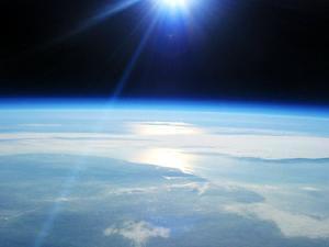 Lapisan ozon terus menyusut