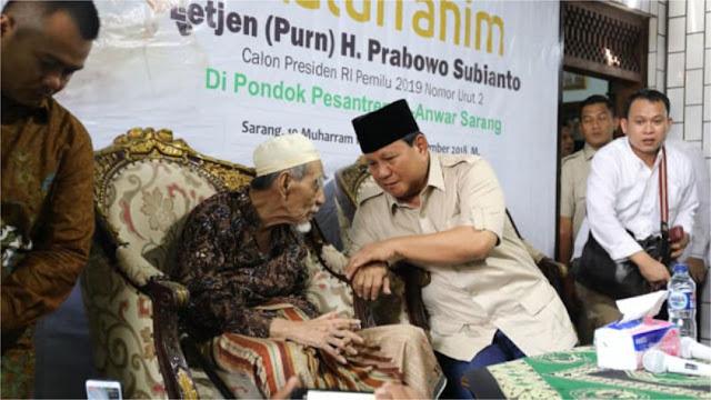 Dikunjungi Prabowo, Ini Doa Mbah Moen