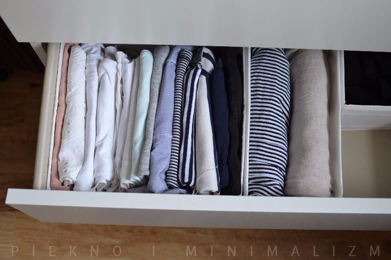 szafa minimalistki