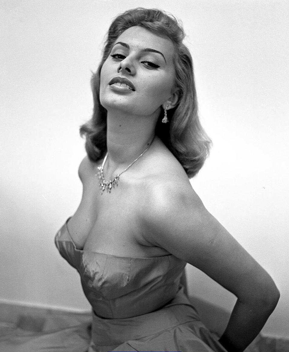 Sophia loren actress nude