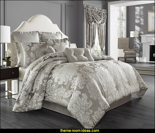 Five Queens Court Carly Embossed 4-piece Comforter Set