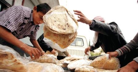 معتمدو الخبز في السويداء يشتكون قرارات وزارة التجارة الداخلية