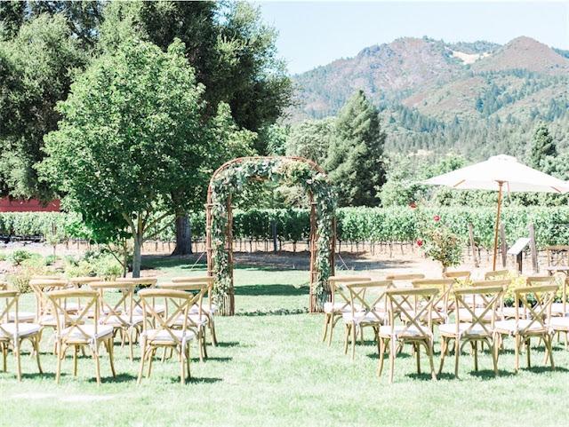 Boda en los jardines de una bodega en LOVE, LOVE by Chic & Decó