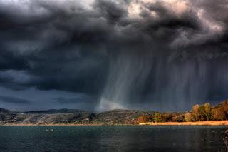 """Awan Hujan"""