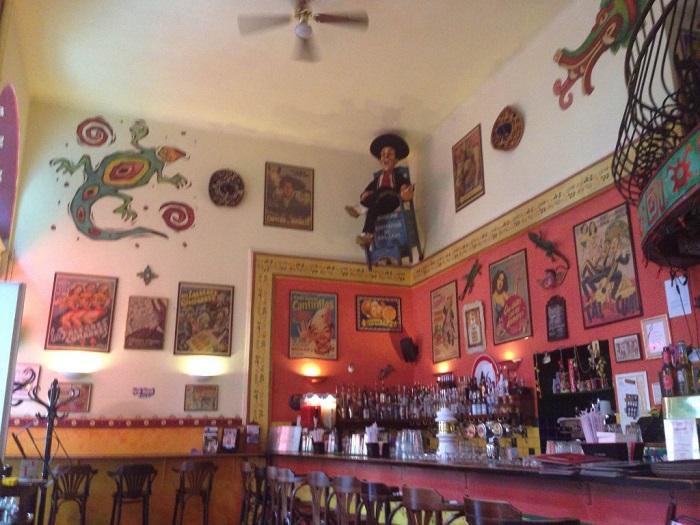איגואנה בר Iguana Bar and Grill - המבורגר בבודפשט