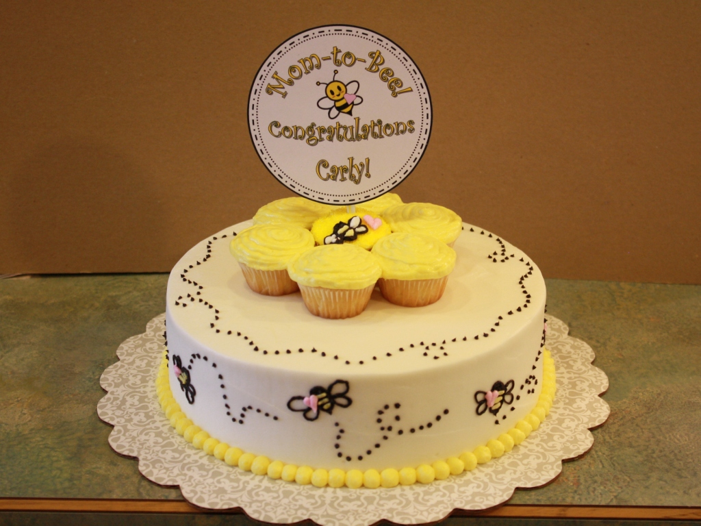 Party Cakes Bumble Bee Cake With Pink Hearts