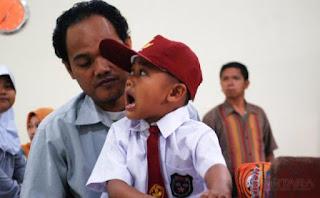 Harganas ke-24:Hari Pertama Masuk Orang Tua Antar Sekolah