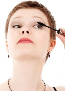 Dangers of Cosmetic glitter