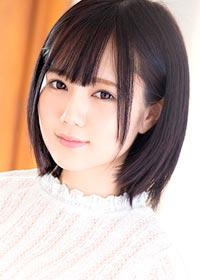Actress Remu Suzumori