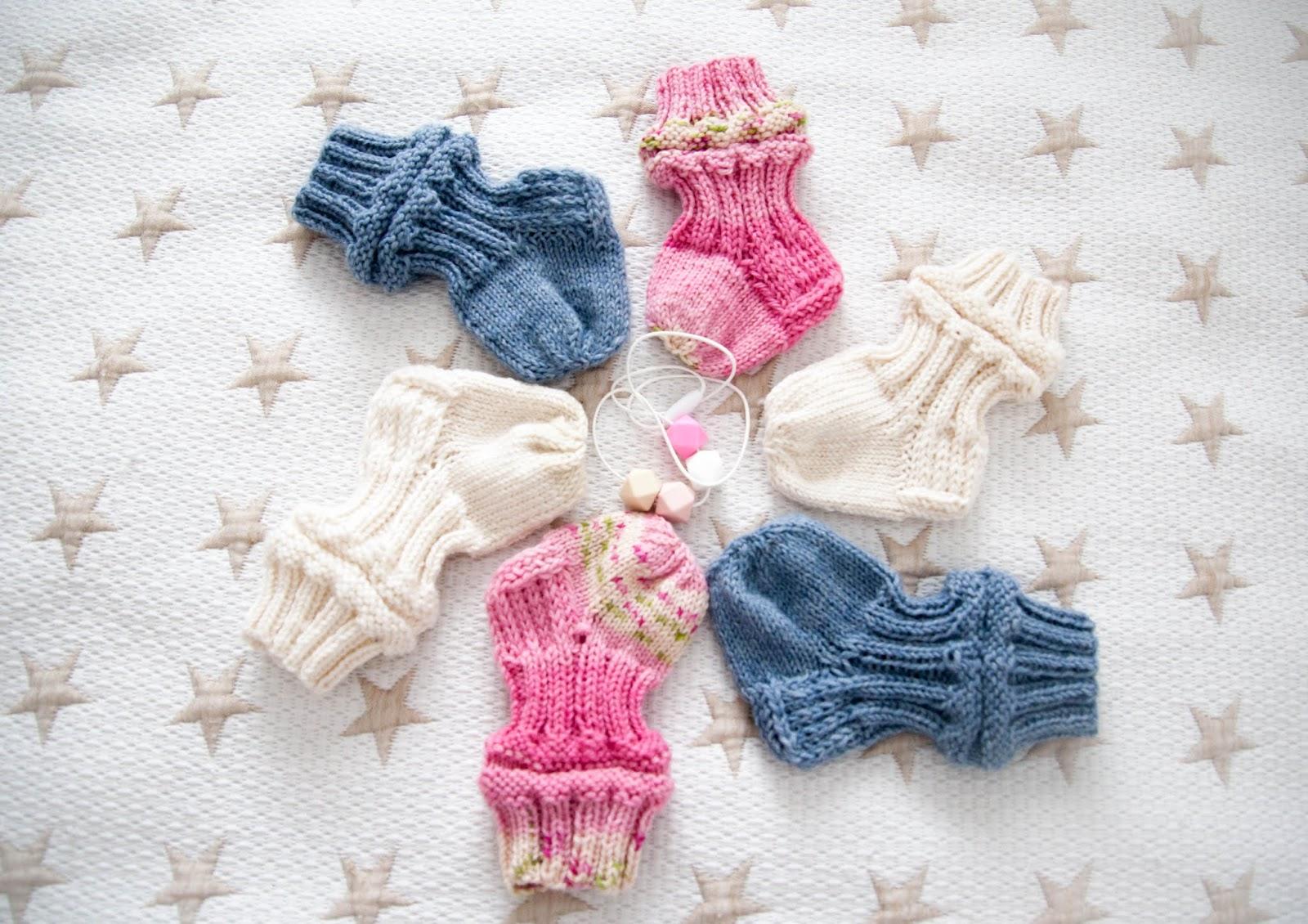 käsityöt neulominen vauvalle