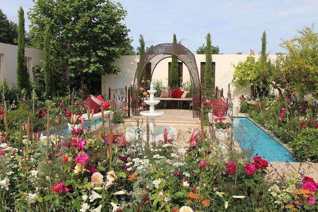 Nilufer Danis's opulent Turkish garden of paradise at RHS Hamptonn Court 2015