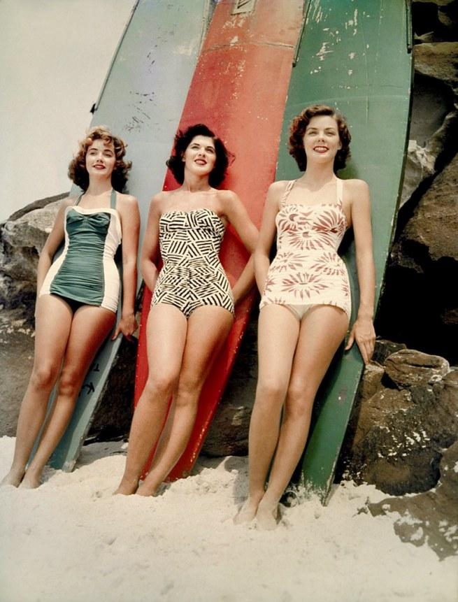 Vintage Women In Bikini's