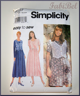 A white linen dress 9597 simplicity pattern