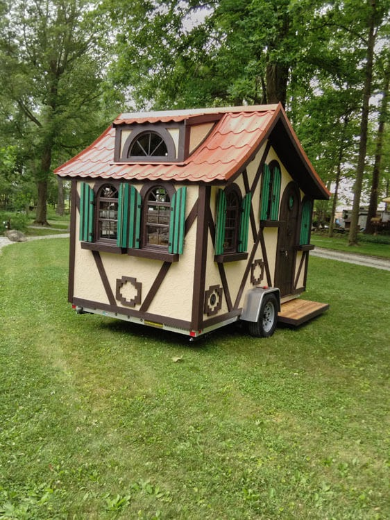 07-Side-View-Steve-Auth-Woolywagons-Tiny-House-The-Tudor-Cottage-Architecture