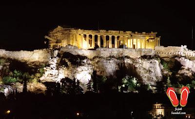 the acropolis yunani malam hari