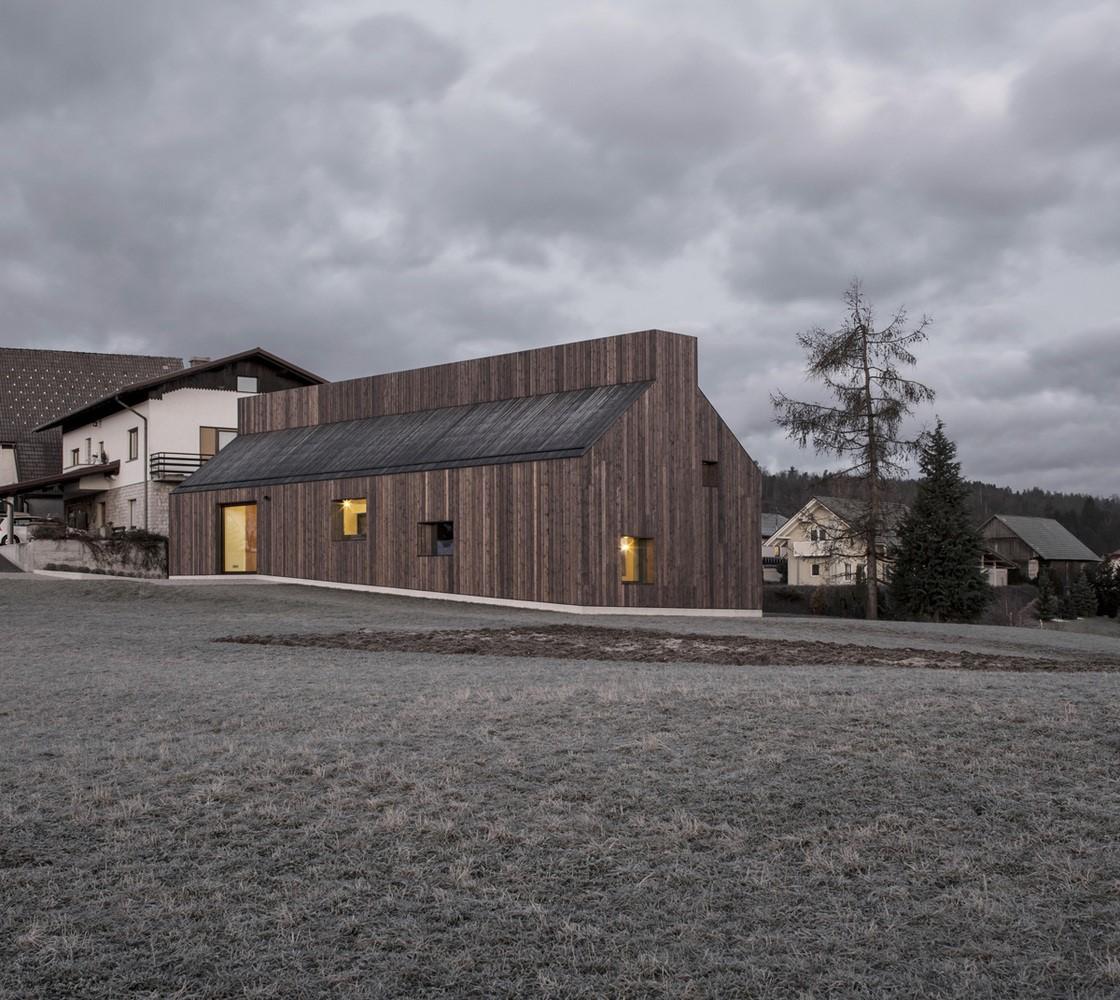 Kural Dışı Bir Ev Tasarımı CHIMNEY HOUSE