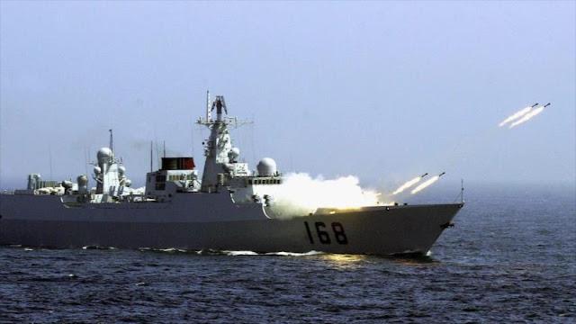 Nave de guerra china lanza misiles cerca de costa norcoreana