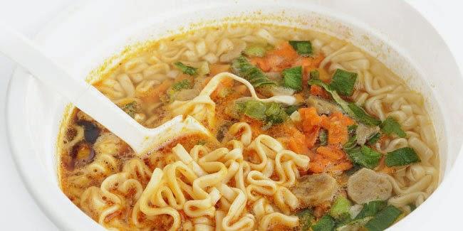 cara memasak mie instan dengan lebih sehat