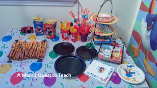 Mickey Mouse Party snack table