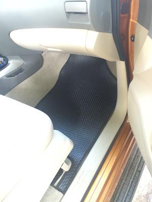 Thảm lót sàn Nissan Navara Np300